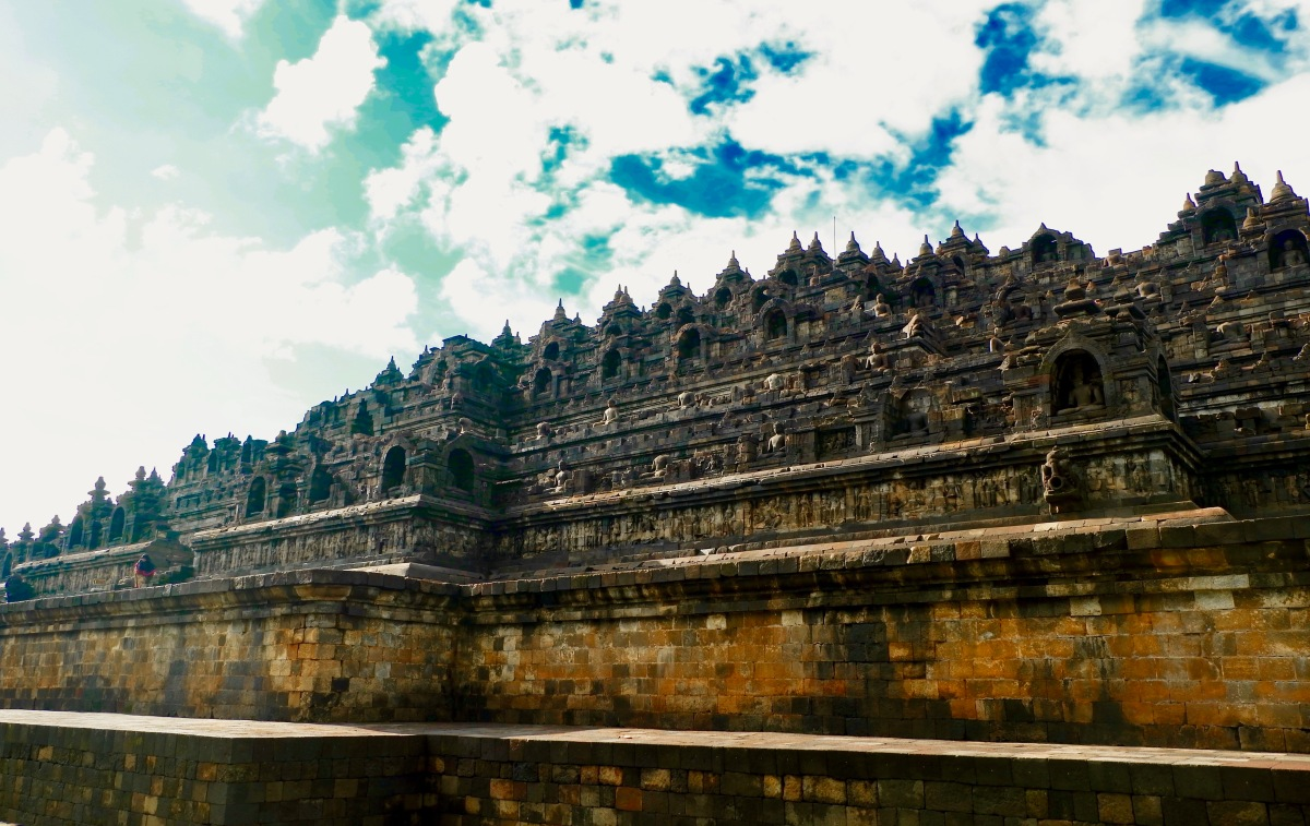 Candi Borobudur: Tips For Sunrise Hunter